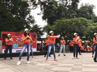 Student dance number